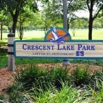 Crescent Lake Park Sign