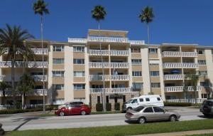 SHORECREST CONDOMINIUM ST PETERSBURG FLORIDA
