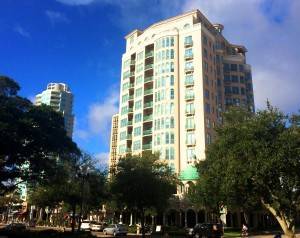 THE CLOISTERS CONDOMINIUM ST PETERSBURG FLORIDA