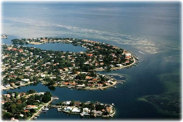 What Island Group Is Southeast Of Florida